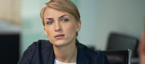 Femme  interrogation